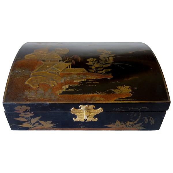 Boîte à perruque d'époque Louis XV en vernis Martin - décor laque du Japon