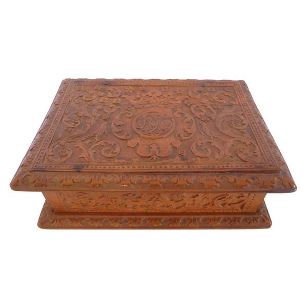 Boîte en bois de Bagard / bois de Sainte Lucie à couronne de Marquis - époque XVIIe siècle