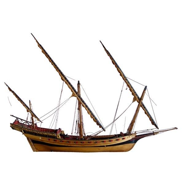 Maquette en bois - chébec de 24 canons - le Requin 1750 - d'après le modèle présenté au musée de la Marine