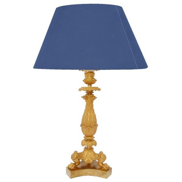 Important bougeoir flambeau en bronze doré d'époque Restauration - lampe de bureau