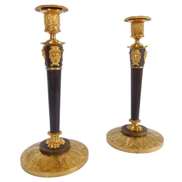 Claude Galle : paire de flambeaux Empire en bronze patiné et doré