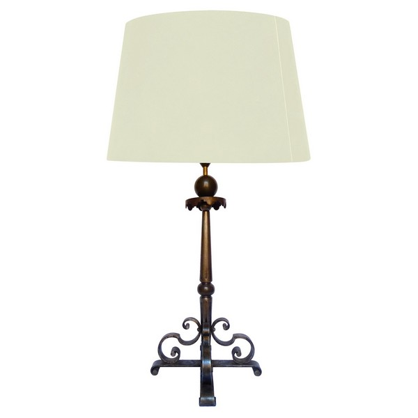 Grande lampe en fer forgé, style Louis XIV, époque Art Déco dans le goût de Raymond Subes