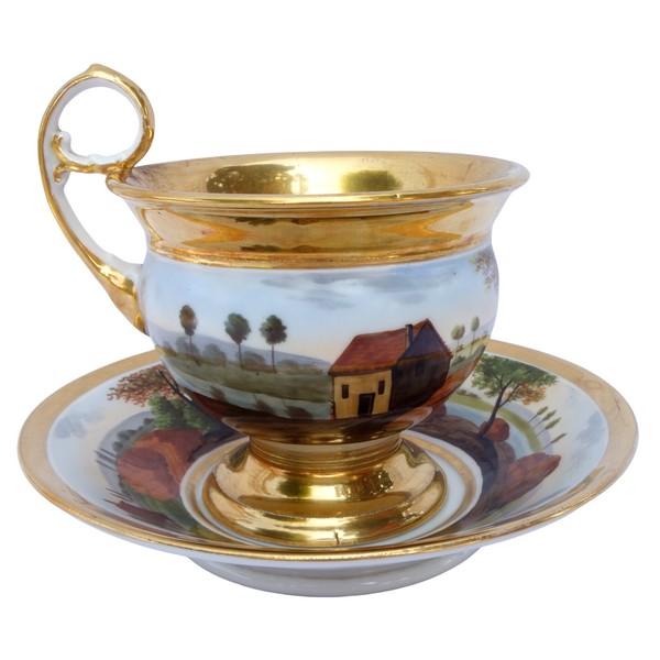 Grande tasse à petit déjeuner en porcelaine de Paris à paysage tournant, époque Restauration XIXe siècle
