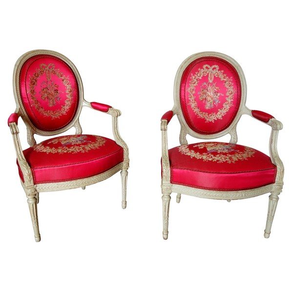 Delaisement : pair of luxurious cabriolet armchairs, Louis XVI period - stamped