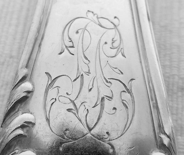 6 cuillères à entremets de style Louis XV en argent massif, poinçon Minerve, par Henri Soufflot