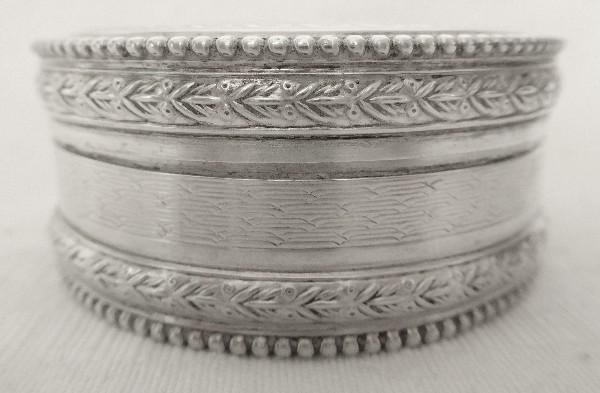 Boîte à pilules de style Louis XVI en argent massif Napoléon III, poinçon Minerve