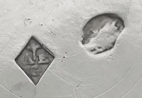 Huilier-vinaigrier d'époque Directoire - Consulat en argent massif, poinçon Coq (1798-1809)