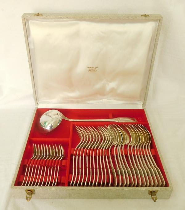 Ménagère de couverts de style Empire en métal argenté, 36 pièces