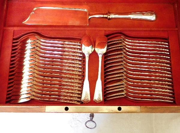 Odiot : ménagère en vermeil (argent massif doré), 110 pièces, poinçon Minerve