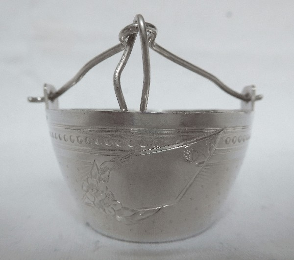 Passe-thé en argent massif d'époque fin XIXe siècle, poinçon Minerve, par Louis Coignet
