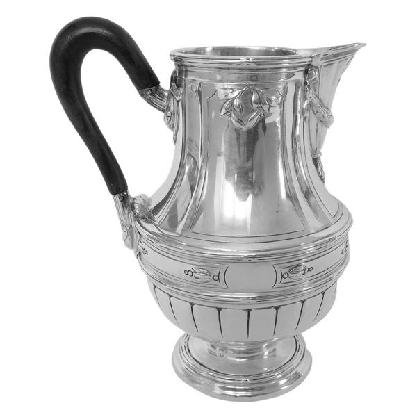 Pot à lait de style Louis XVI en argent massif par Lapar, poinçon Minerve