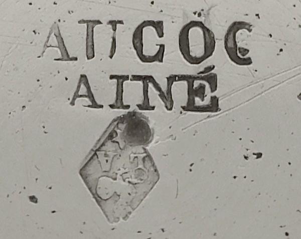 Rare saladier en argent massif niellé par Aucoc, poinçon Minerve
