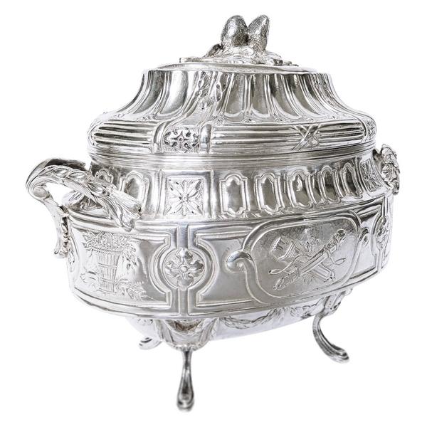 Sucrier an argent massif de style XVIIIe - Louis XVI - poinçons Fermiers Généraux apocryphes
