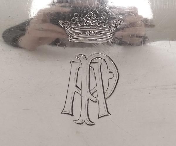 Puiforcat : sucrier de style Empire en argent massif et vermeil, couronne de Marquis, poinçon Minerve