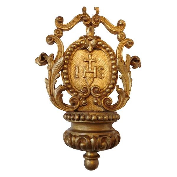 Bénitier en bois sculpté et doré à la feuille d'or d'époque Régence - XVIIIe siècle