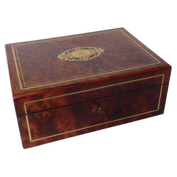 Coffret / boîte à bijoux en loupe d'amboine d'époque Napoléon III