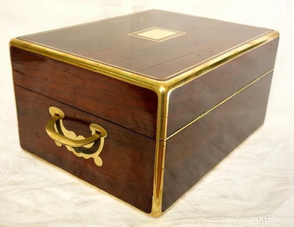 Coffret à bijoux d'époque Napoléon III en placage d'acajou et laiton