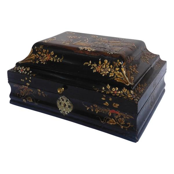 Boîte à perruque d'époque Louis XV en vernis Martin - décor aux Chinois