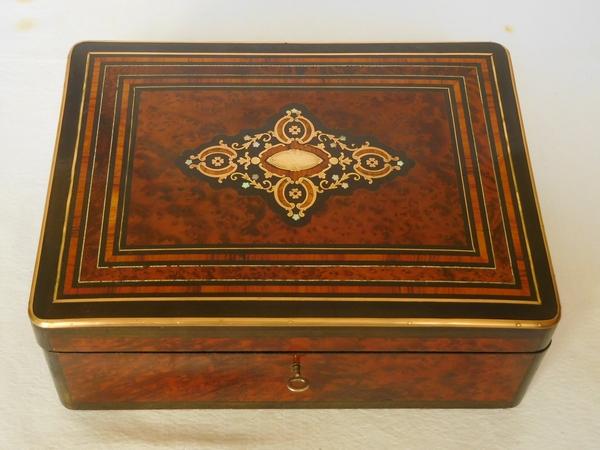 Grand coffret / boîte à bijoux en marqueterie, époque Napoléon III