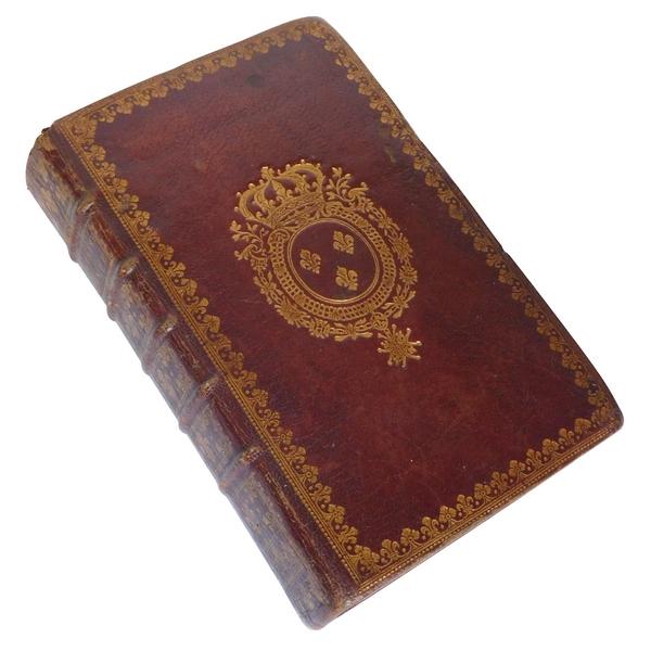 Livre l'Office de la Semaine Sainte, aux armes de Louis XV, souvenir historique