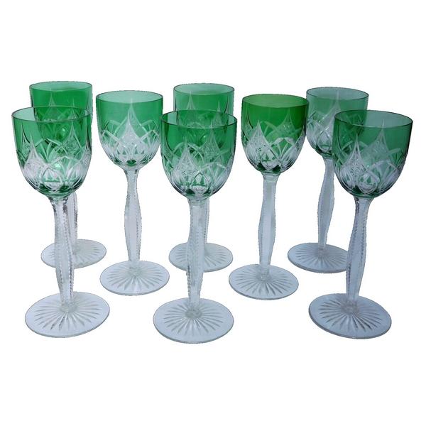 8 rares verres à vin du Rhin en cristal de Baccarat overlay vert
