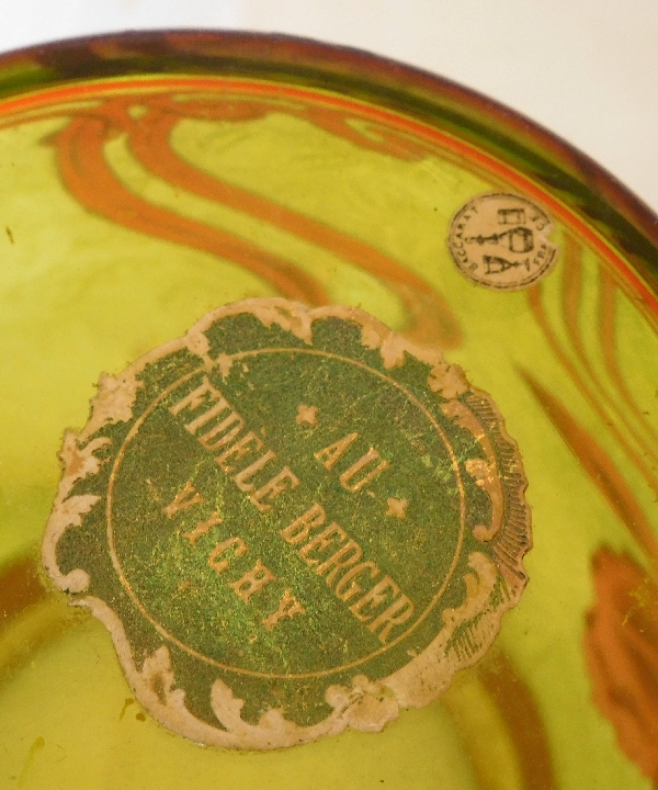 Baccarat, rare seau à biscuits Art Nouveau en cristal multi-couches (rouge vert et doré)
