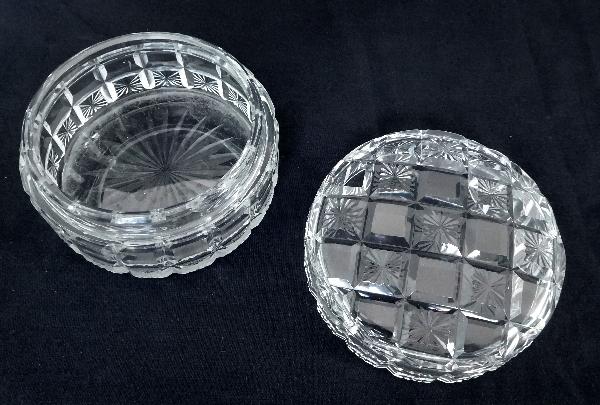 Grande boîte à poudre en cristal de Baccarat taillé diamants biseautés et étoiles