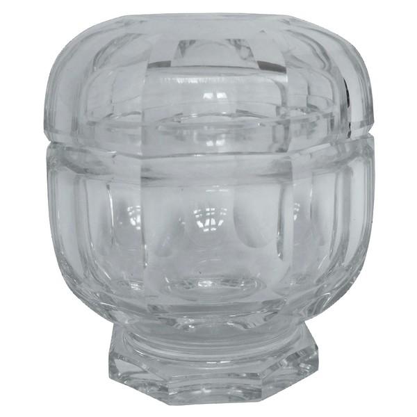 Boîte à poudre en cristal de Baccarat modèle Malmaison - 13cm - signé