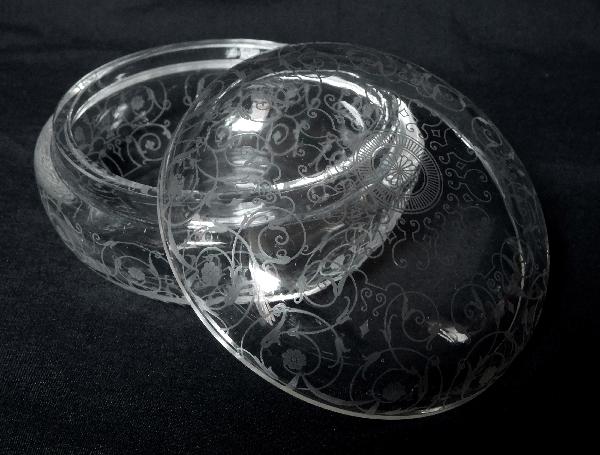 Boîte à poudre ou petite bonbonnière en cristal de Baccarat, modèle Michelangelo