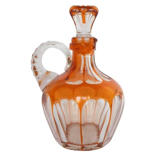 Carafe à whisky en cristal de Saint Louis taillé overlay orange, étiquette papier