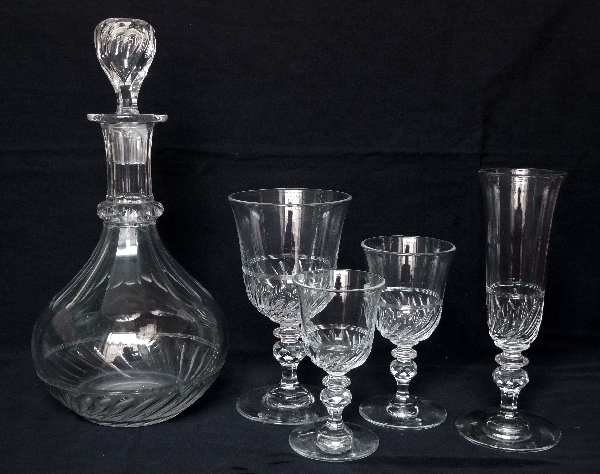 Carafe en cristal de Baccarat forme tulipe, époque Napoléon III