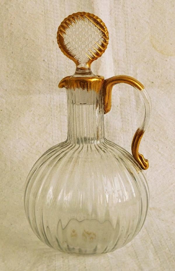 Carafe à liqueur en cristal de Daum doré à côtes vénitiennes, vers 1900 - signé