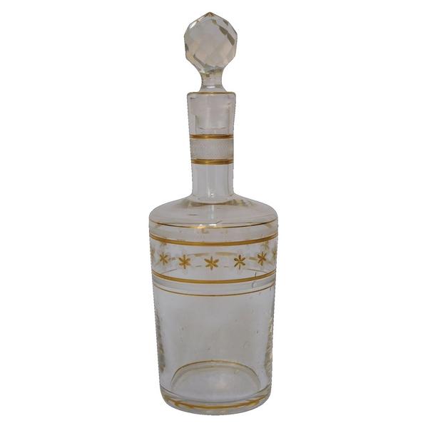 Carafe à liqueur en cristal de Baccarat gravée et rehaussée à l'or fin