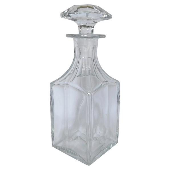 Carafe à whisky ou liqueur en cristal de Baccarat taillé