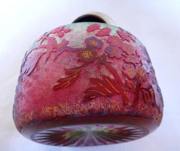 Encrier en cristal de Baccarat multi-couches rouge, vert rouge et doré