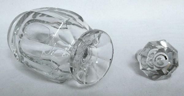 Flacon à parfum en cristal de Baccarat modèle Malmaison - 17cm - signé