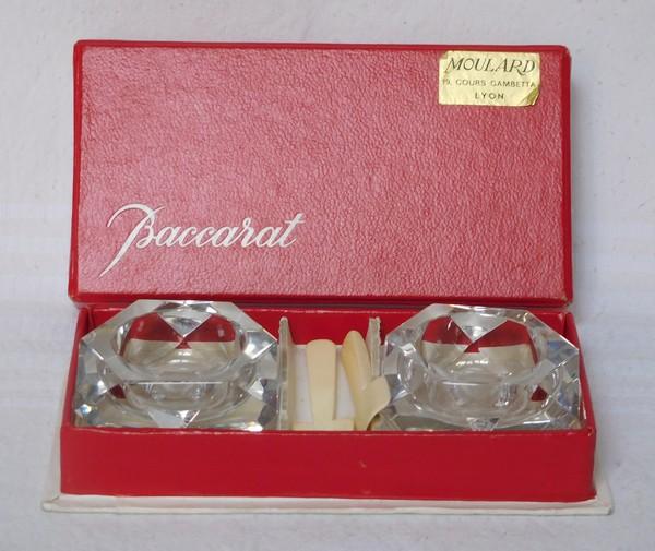 Paire de salières octogonales en cristal de Baccarat signées