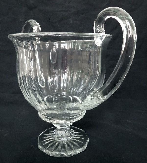 Vase à anses, coupe en cristal de Baccarat, rare modèle du catalogue de 1916