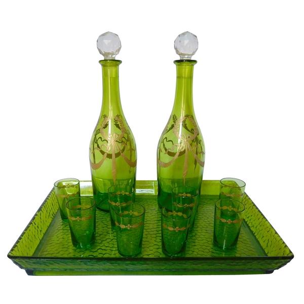 Service à liqueur en cristal de Baccarat vert chartreuse doré, étiquette papier