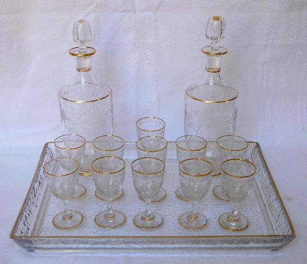 Service à liqueur en cristal de Baccarat doré japonisant, 14 pièces