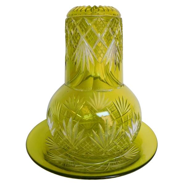 Service verre d'eau en cristal de Baccarat, cristal overlay vert chartreuse