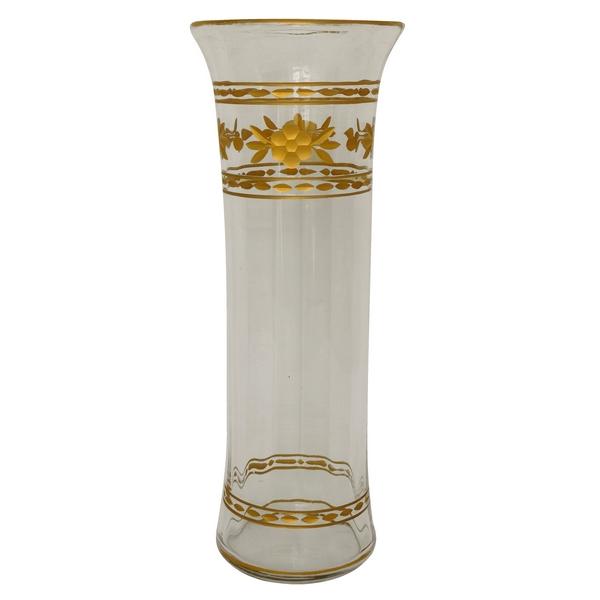 Grand vase en cristal de Baccarat, côtes vénitiennes, dorure à l'or fin