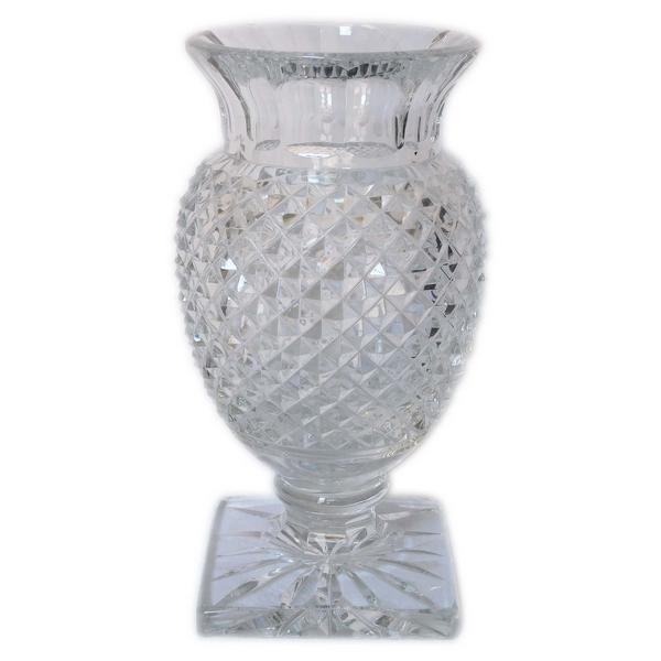 Vase Medicis en cristal de Saint Louis taillé - signé - 26cm