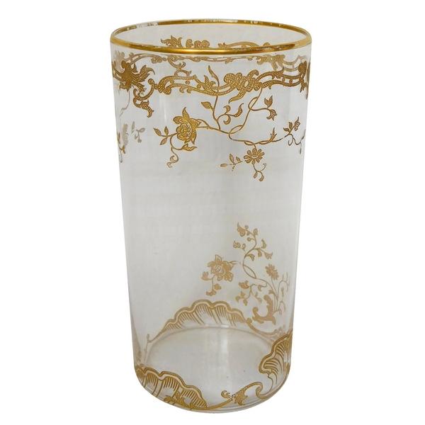 Vase rouleau en cristal de Baccarat, modèle Louis XV rehaussé à l'or fin
