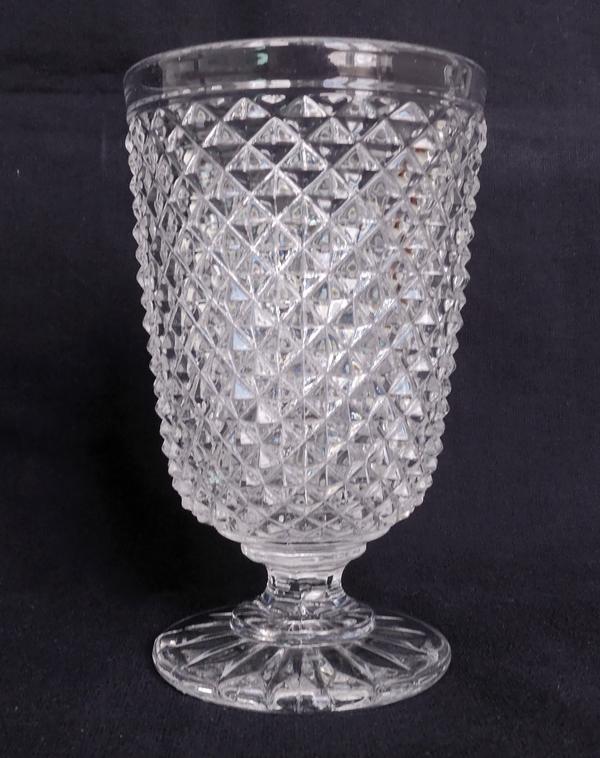 Verre à dent en cristal de Baccarat, modèle pointes de diamants (Marie-Louise)