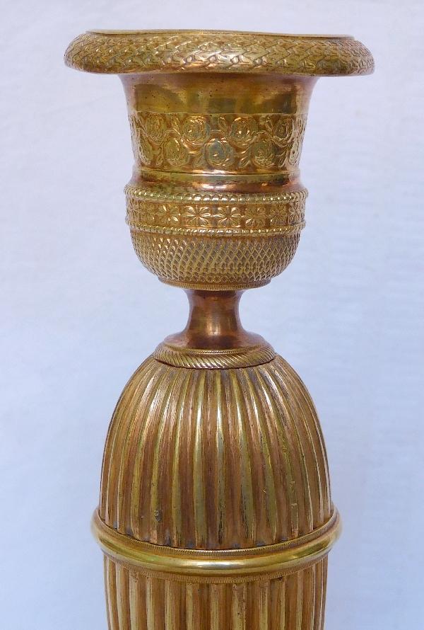 Paire de bougeoirs ragots en bronze doré d'époque Empire