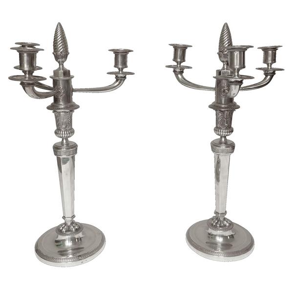 Paire de candélabres en argent massif d'époque Empire, Poinçon Coq, début XIXe siècle