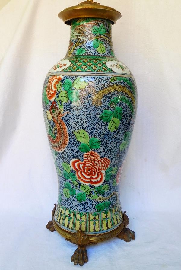 Grande potiche lampe en porcelaine de Chine famille verte, époque Qianlong