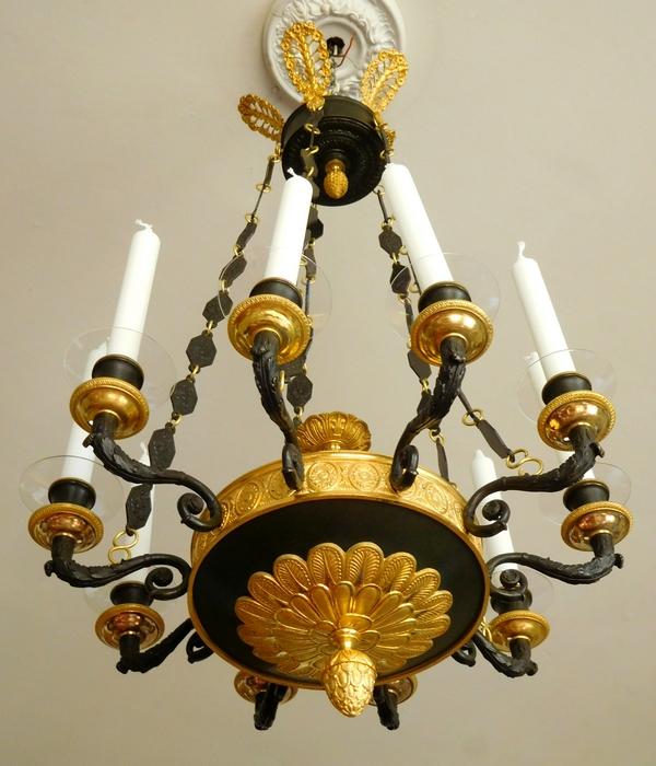 Lustre Empire en bronze patiné et doré au mercure, époque début XIXe - 10 feux