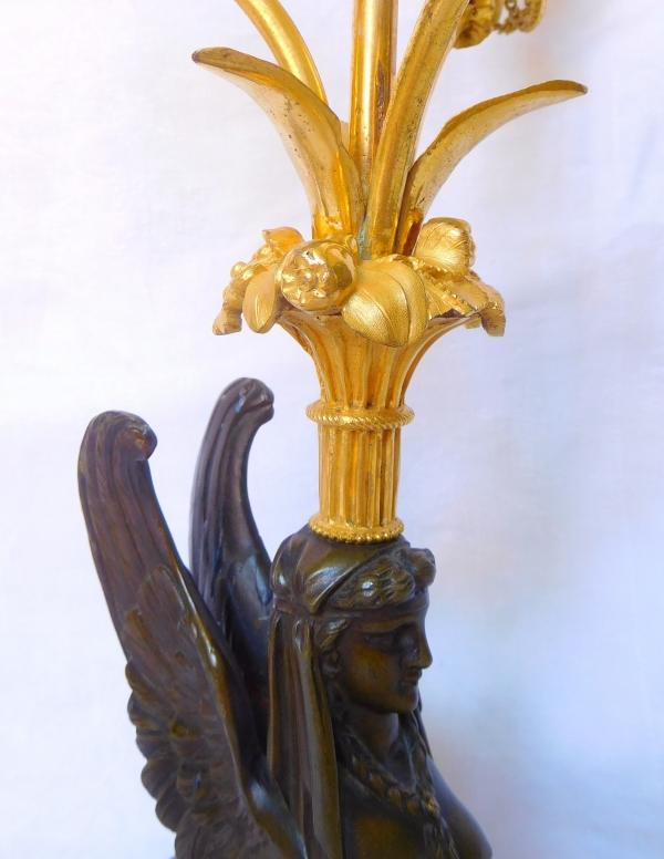 Paire de candélabres Directoire aux sphinges, époque fin XVIIIe début XIXe siècle - bronze et marbre
